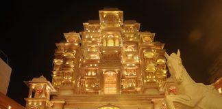 Durga-Puja-Pandal-In-Kolkata