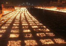 in-ayodhya-prabhu-shri-ram-temple-decorated-with-5-lakh-51-thousand-diyas