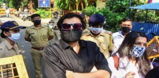 republic-tv-editor-in-chief-arnab-goswami-arrested
