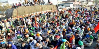 farmers-sitting-on-hunger-strike