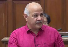 manish-sisodia-presented-the-budget